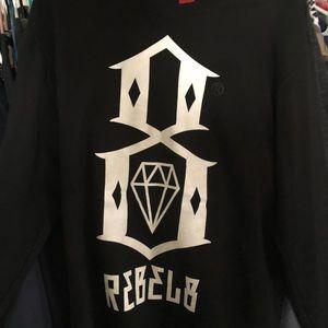 Rebel 8 crew neck